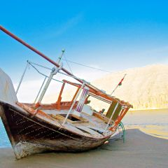 Musandam Dhow Cruise with Buffet – Tour from Dubai
